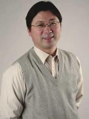 伍新春教授