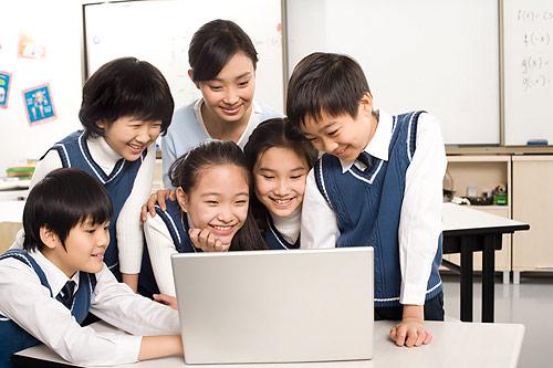 东方整理 高中教师节电子手抄报图片资料大全
