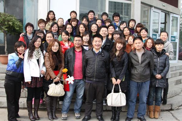 新东方英语老师_雅礼中学英语教师来新东方教研_dean