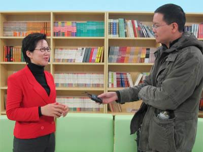 王晶老师接受采访