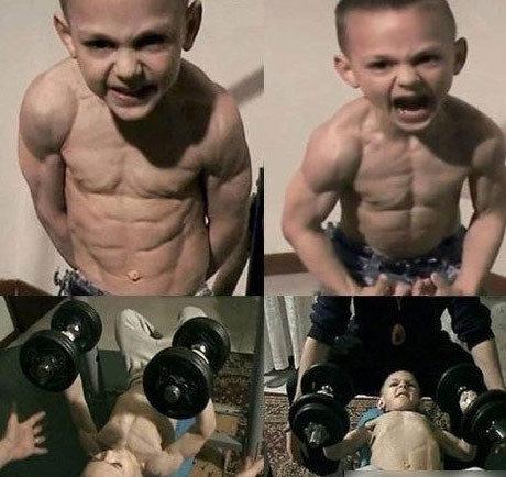 7岁男童秀惊人肌肉