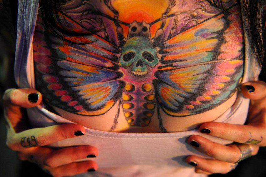 莫斯科举行国际纹身大会