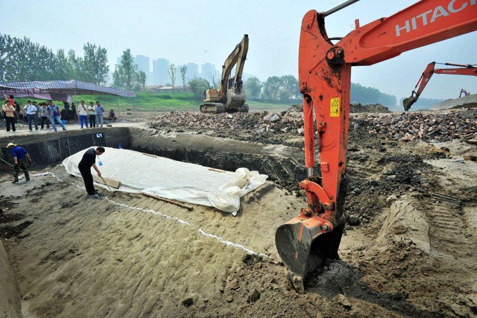 京杭大运河天津段发掘出两艘明代沉船