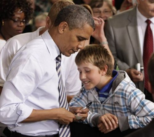 美国男孩为见奥巴马逃课 获总统亲笔批假条