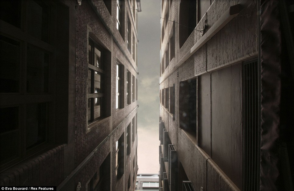 仰望如梦如幻的城市摩天大楼