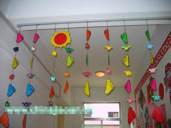 幼儿园走廊布置图片:小脚丫图片