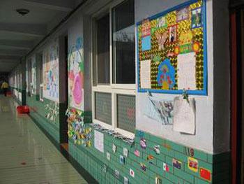 关键字:幼儿园教案教室布置托儿所教案幼儿园门窗布置走廊