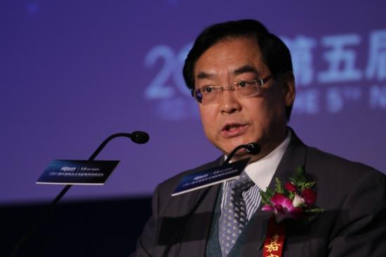 中国青少年研究中心主任、党组书记郗杰英