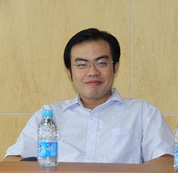 解析名师   李玉技(考研英语完型填空)   王江涛(考研英语写作)   唐