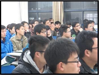新东方考研公益巡讲走进山东科技大学