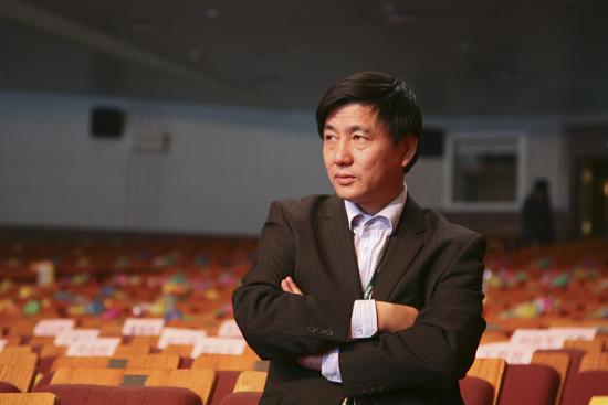 新东方教育科技集团国际合作总监贺庆荣