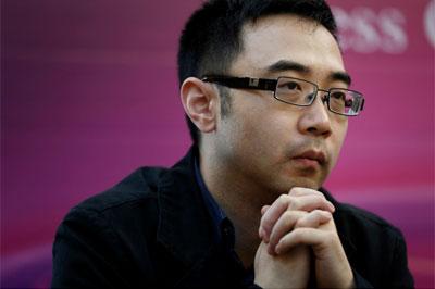俞仲秋老师在记者会上