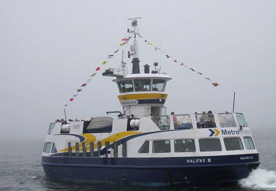 公交船由市政运营,平日里价格和公交车相同