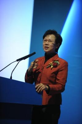 清华大学就业指导中心职业生涯教练王晶寄语第六届新东方家庭教育高峰论坛