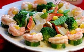 2014高考食谱:鲜蔬烩白果虾仁(助睡眠 增强抵抗力)