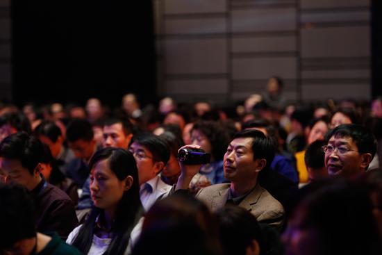 第七届新东方家庭教育高峰论坛主论坛现场观众图集