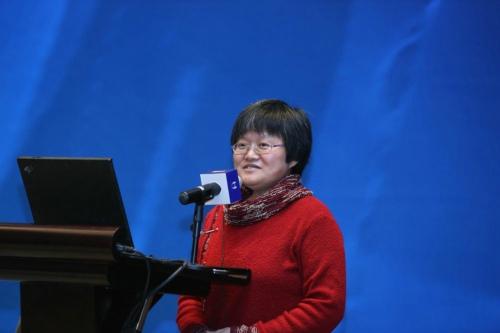 龙迪  中国科学院心理研究所教授 保护儿童及家庭心理支援中心主任