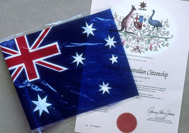 如何保留澳洲永久居民(绿卡)身份
