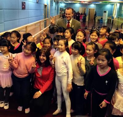 新东方国际游学携美国校长团到访杭州
