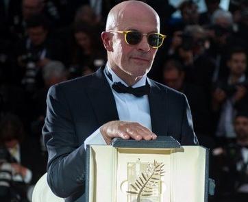 西语新闻:《流浪的迪潘》荣获戛纳电影节金棕榈奖