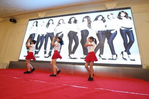 国际游学的劲歌热舞