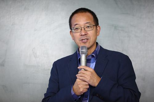 集团董事长兼首席执行官俞敏洪老师