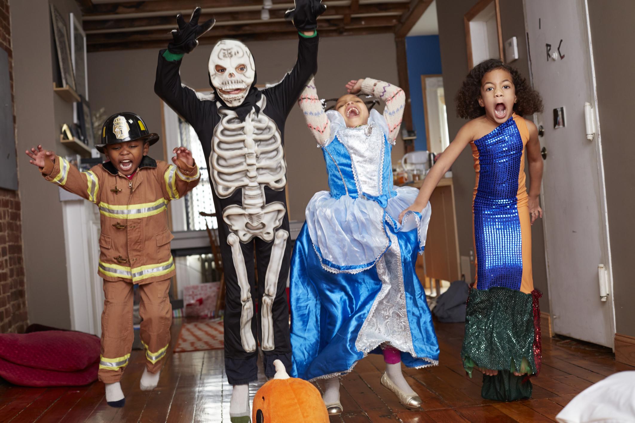 经典万圣节儿童服装图片
