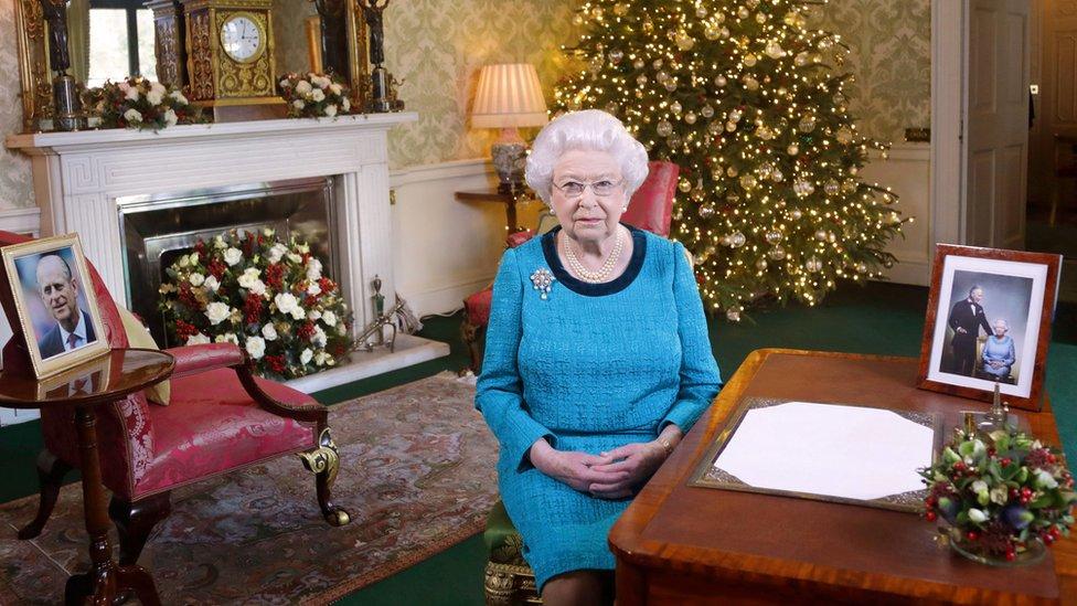 英国女王圣诞致辞:'无名英雄给了我力量'