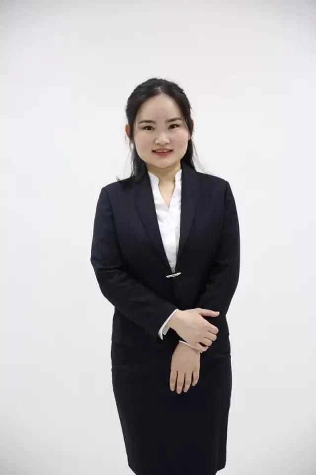 新东方最美学管——韦贞燕老师