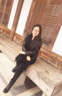 新东方最美学管——周杨老师