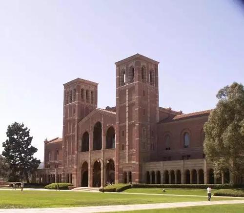 美国西部录取中国学生最多的大学?