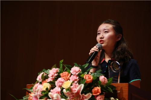 付媛:优秀员工代表,来自集团国外考试推广管理中心
