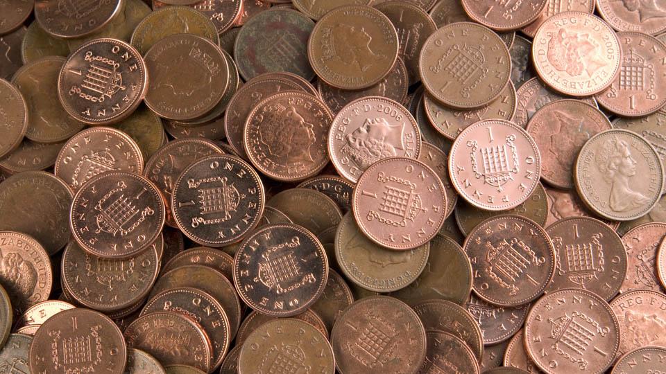 What future for a humble British coin?小面值英镑硬币 未来是去是留?