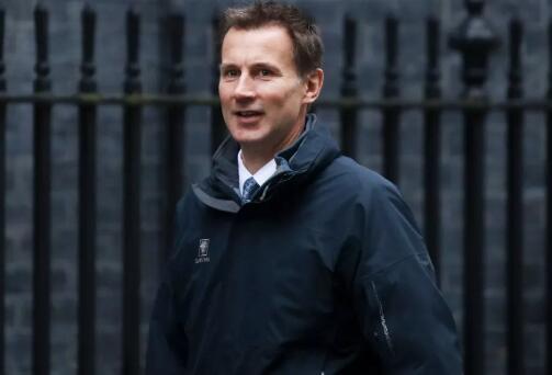 双语:身家过亿,英国新外交部长竟是中国女婿!