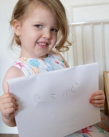 英国最聪明的孩子:IQ171!比爱因斯坦智商还高!