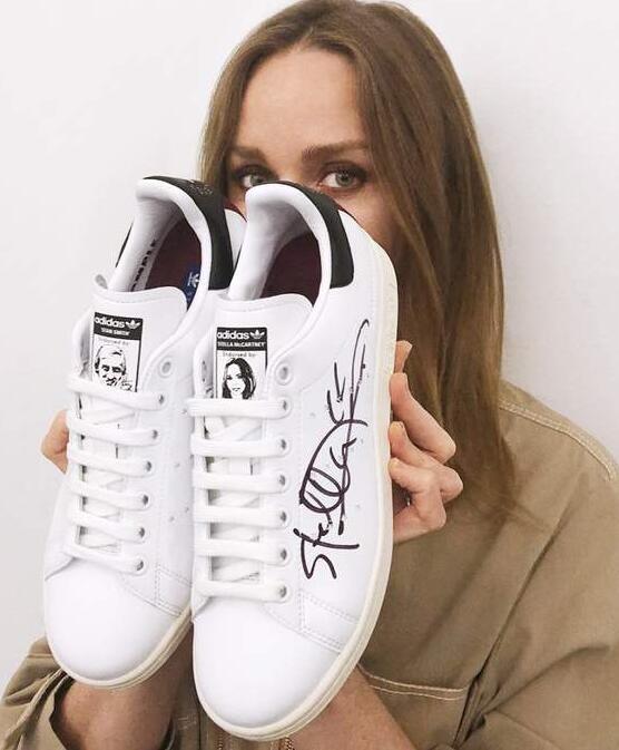adidas内衣_...复星计划收购意大利顶级内衣品牌LaPerla、杨幂成为Adidas...