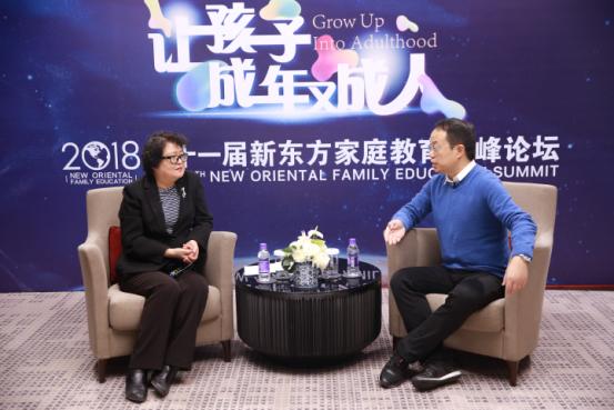 武志红:父母要放低姿态,给孩子一个爱的容器
