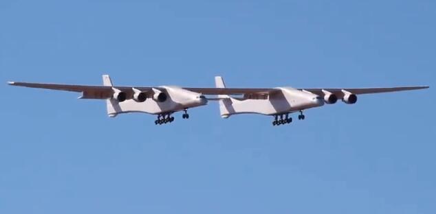 世界最大飞机首飞