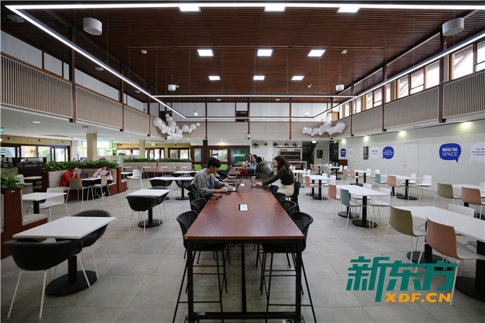 西澳大学校园餐厅Guild Village
