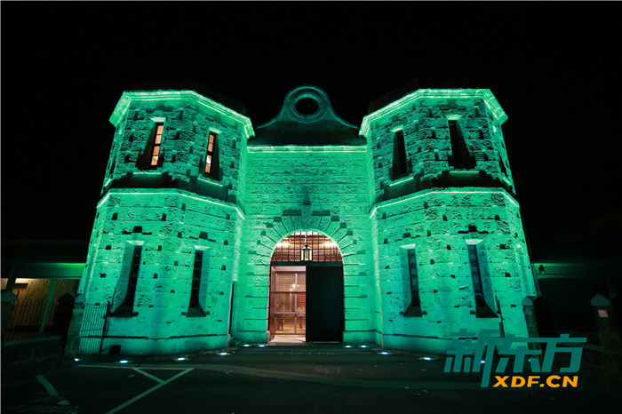 监狱博物馆夜景