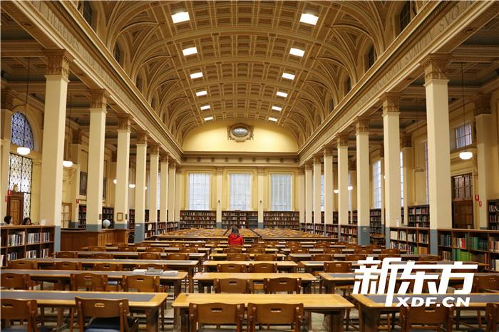 阿德莱德大学巴尔史密斯图书馆