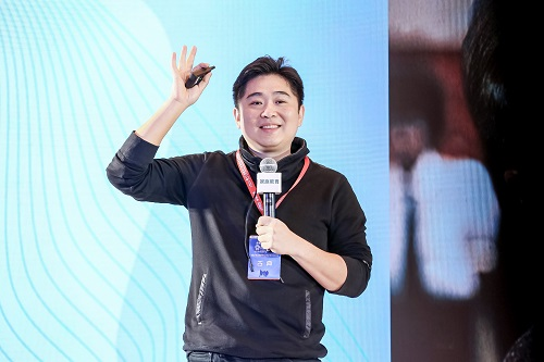 古典 中國職業生涯教育專家、新精英生涯執行總裁